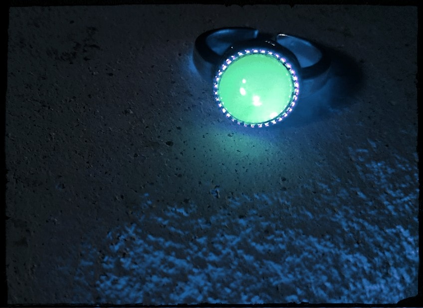満月の指輪~ウランガラスリング