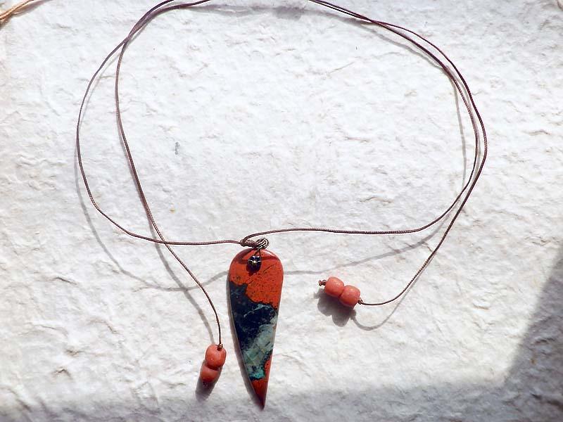 ソノラサンライズペンダント~赤銅の牙