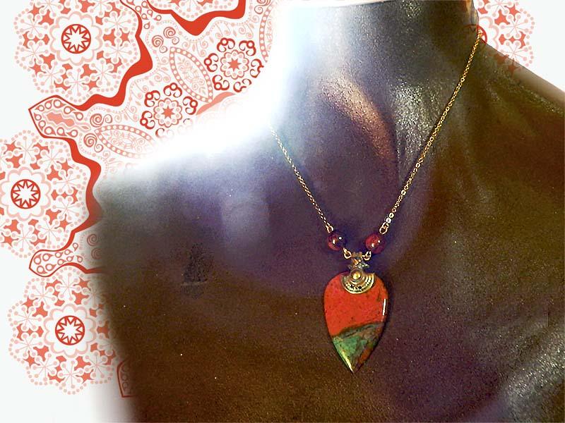 ソノラサンライズとオリッサの真鍮細工~エキゾチックネックレス